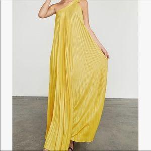 NWT BCBGMAXAZRIA Abee Maxi One Shoulder Dress